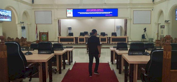 Gara-gara Tak Kuorum, Rapat Paripurna DPRD Sarolangun Molor