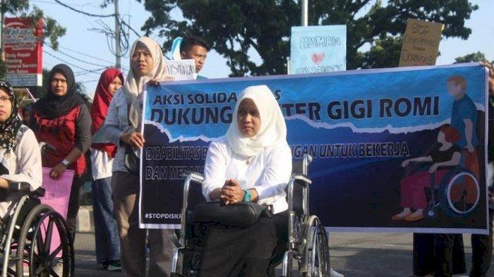 Butuh Dua Menteri Bantu Masalah Pengangkatan Dokter Romi