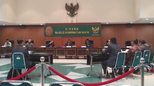 Hakim Militer Ini Dipecat Akibat Selingkuh, Bahkan Sempat Persulit Investigasi KY