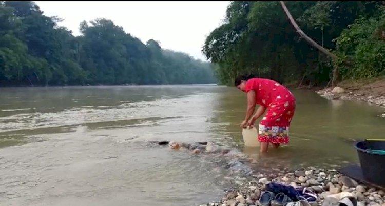 Lapor Pak Bupati, Warga Bathin VIII Terpaksa Gunakan Air Sungai Bekas PETI