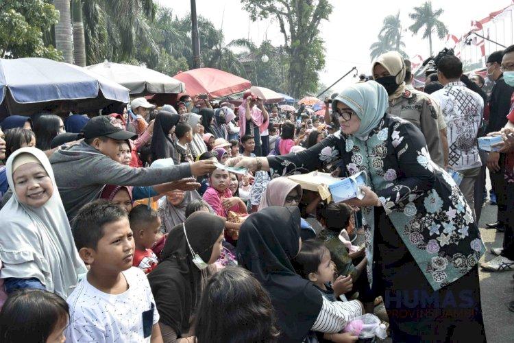 Masyarakat Jambi Antusias Saksikan Pawai, Fachrori: Pawai Pembangunan Hiburan Rakyat