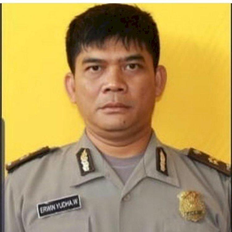 Korban Terbakar Api Siraman Mahasiswa, Ipda Erwin Dimakamkan di Cianjur