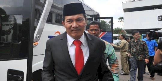 DPR Pilih Firli, Saut Situmorang Mundur dari Wakil Ketua KPK
