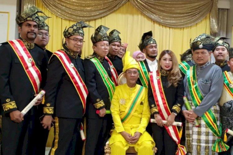 Sekjen PPP Diberi Gelar Datuk di Singapura