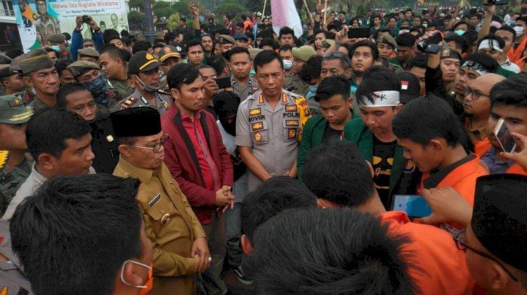 Setelah Didesak Ribuan Mahasiswa, Akhirnya Gubernur Jambi Tolak RUU