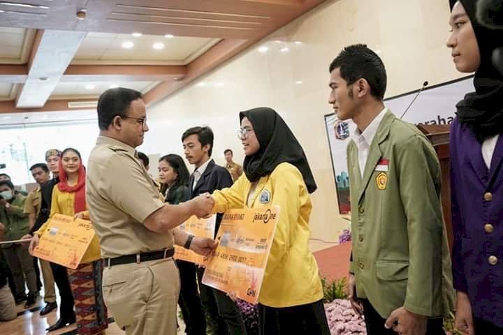 Program Unggulan Gubernur Anies Melalui KJMU 5.061 Mahasiswa Asal Jakarta Dapat Beasiswa