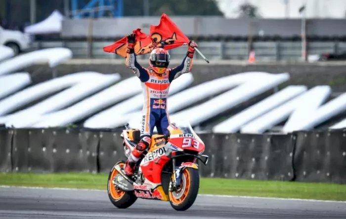 Marquez Juara Dunia Usai Menangi Duel dengan Quartararo di Thailand