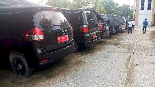 DUH!! Mantan Pimpinan DPRD Merangin Belum Kembalikan Mobil Dinas