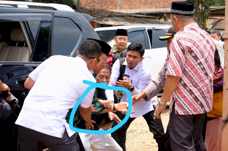 Polisi Sebut Pelaku Penyerangan Wiranto Suamia Istri
