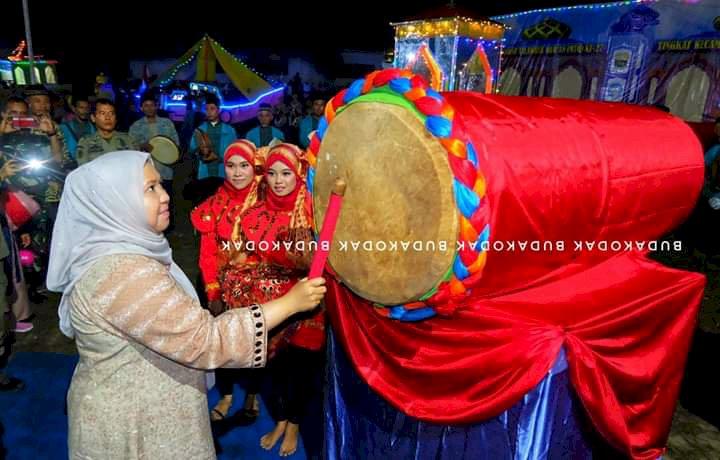 Bupati Masnah Buka MTQ ke-XXI Tingkat Kecamatan Mestong