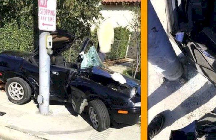 SIM Baru Jadi, Remaja Ini Tabrak Mobilnya ke Tiang Listrik