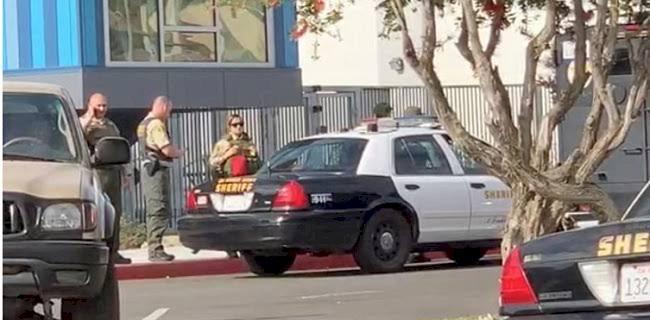 Siswa SMA California Mengamuk Tembak Temannya